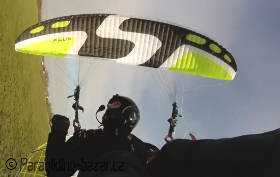 PARAGLIDER SKY FLUX SMALL <10HRS USED, PARAMOTOR WING
